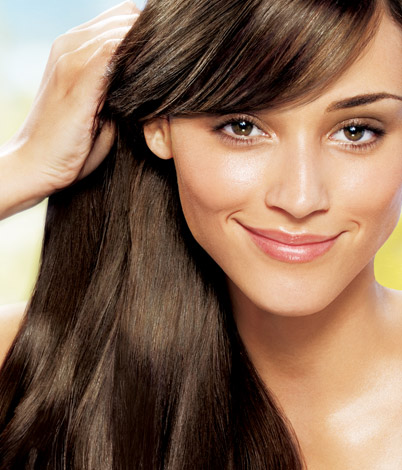Sandalwood oil for lustrous hair