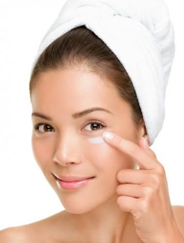 under-eye-bags-cream-for-dark-circles